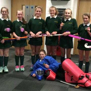 Senior School Pekit Hockey